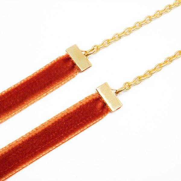 Cadena Velvet naranja detalle