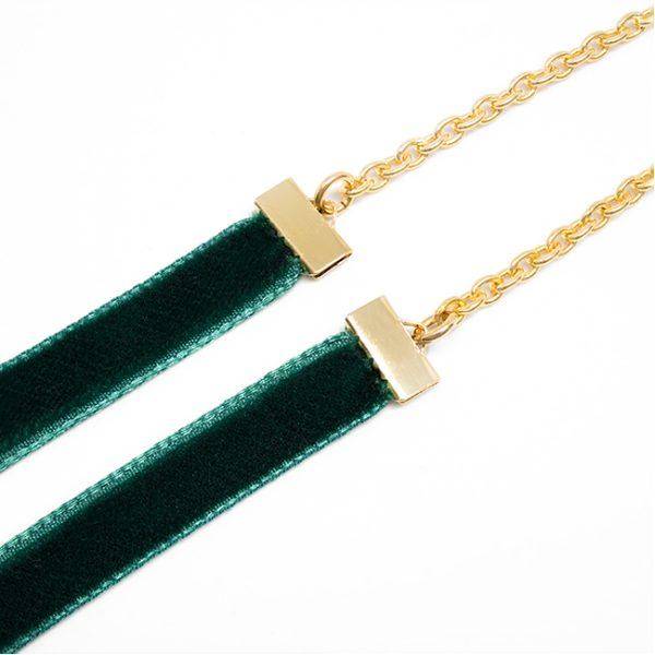 Cadena Velvet verde detalle